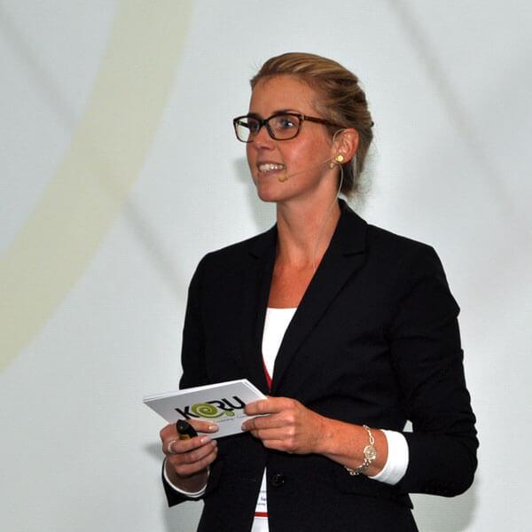 Tanja Herzig spricht beim AUTOHAUS Servicekongress zu Service Excellence im Autohaus
